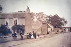 Children in front of Milford Cottage