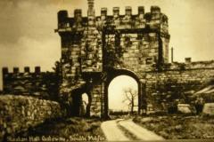 Steeton Hall Gateway