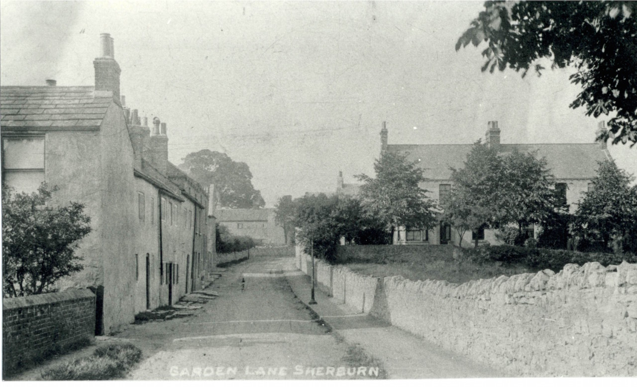 Postcard of Garden Lane